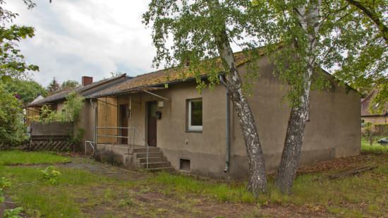 gemeindeeigenes Gebäude Am Feuerwehrhaus 1a-d